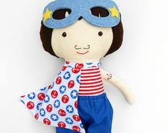 These superhero rag dolls in nautical look are the perfect toddler gift or a toy for prescoolers. These sailor rag dolls look beautiful in a nautical themed kids room; ideal custom gift for kids, twins, prescoolers.  >>>Listing is for two dolls!<<<  Surprise the little ones in your life with a personalized present and a bespoke toy they never knew they wanted!  Personalize your doll with a name tag. - Choose your favourite La Loba superhero doll - add this listing with the name tag to your…