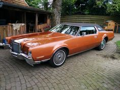 1972 Lincoln Continental Mark IV  Maintenance/restoration of old/vintage vehicles: the material for new cogs/casters/gears/pads could be cast polyamide which I (Cast polyamide) can produce. My contact: tatjana.alic@windowslive.com