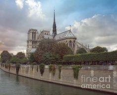Roman Catholic Cathedral of Our Lady of Paris, Norte Dame de Paris, Gothic Architecture