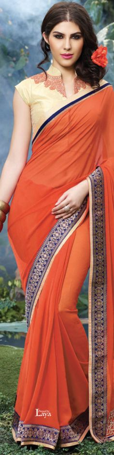 Perfect embroidery positions for a lovely closed Chinese blouse Saree Blouse Patterns, Sari Blouse Designs, Beautiful Blouses, Beautiful Saree, Saris, Indian Dresses, Indian Outfits, Collection Eid, Saree Jackets