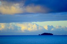 Aitutaki lagoon at dawn, Cook Islands