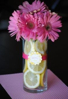 daisy arrangement ideas | Gerbera and Sliced Lemon Centerpieces for Summer Weddings | Budget ...