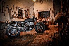 Honda CB750 Dark Brownie