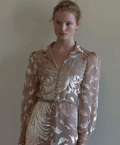 lavandula:    maud welzen at valentino haute couture autumn/winter 2011-2012 pre-show