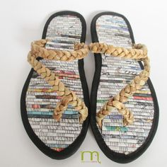 Water hyacinth flip flops, newspaper slippers, unisex sandals, black and brown women sandals, ethnic men slippers, unique bridemaid gifts by MakaraMe on Etsy