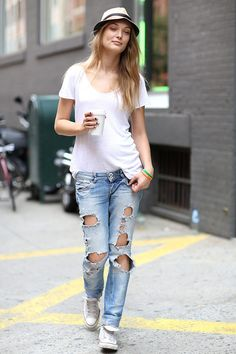 White T And Jeans - Xtellar Jeans