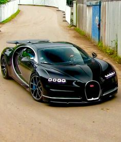 5 Little Known Facts About the Bugatti Chiron. Prepare to have your mind blown! 5 Little Known Facts About the Bugatti Chiron. Prepare to have your mind blown! Carros Audi, Carros Lamborghini, Lamborghini Veneno, Koenigsegg, Bugatti Veyron, Bugatti Cars, Ferrari, Bugatti 2017, Bugatti Bike