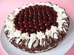 Chestnut cake with cherry Bellini, Fresco, Dessert Bread, Gnocchi, Fine Dining, Tiramisu, Fondant, Cheesecake, Deserts