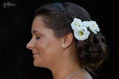 Esküvői frizura virággal Earrings, Jewelry, Fashion, Ear Rings, Moda, Stud Earrings, Jewlery, Jewerly, Fashion Styles