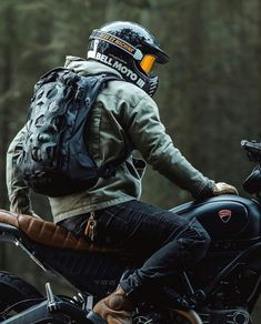 Motorcycle Jacket, Motorcycle Style, Action Quotes, Bike Photography, Ducati Scrambler, Bike Ideas, Moto Style, African American Art, Cafe Racers