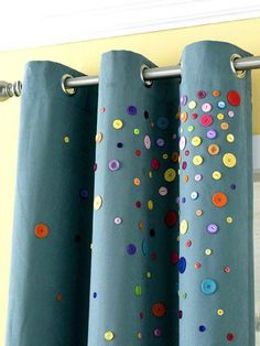 ► ► Mil ideas para la casa y el jardin ♥: Decoración de cortinas con botones