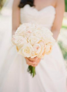white polo rose and peony rose bridal bouquet