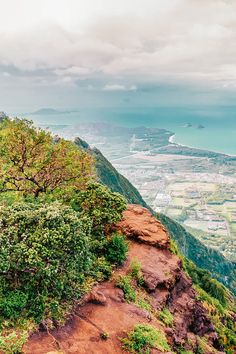 Check out the Best Things to do in Oahu Hawaii (You Probably Haven't Heard of). Check out the full post on Places To Travel, Travel Destinations, Places To Go, Usa Travel Guide, Travel Usa, Travel Tips, West Oahu, Oahu Vacation, Hawaii Pictures