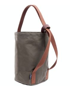 Ritual Dyes The Knitter's Backpack - Pines Purses And Handbags, Leather Handbags, Leather Bags, Leather Purses, Sacs Design, Diy Tote Bag, Bag Patterns To Sew, Denim Bag, Fabric Bags