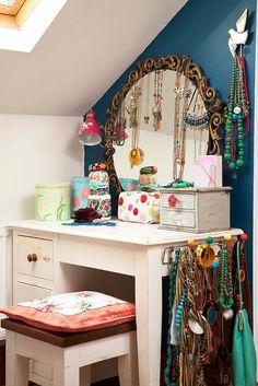 Dressing table decoration on pinterest dressing tables - Tocadores vintage ...