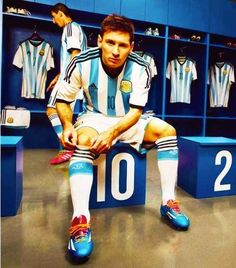Lionel Messi, Forward, Argentina ❤️