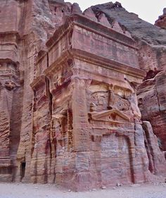 The red rock carved tombs of Petra / Jordan (by Terry White). - See more at: http://visitheworld.tumblr.com/#sthash.X5N6V6re.dpuf