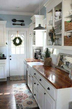 i\'M LIKING THIS Kitchen, counters, color, with Persian rug