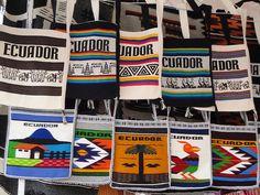 Bolsos tejidos - Otavalo - Ecuador. | por Marcelo Jaramillo Cisneros