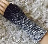 Ravelry: coloration fingerless gloves - crochet pattern by Kim Ogle