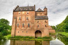 Doorwerth medieval castle, built 1280 AD, between Arnhem and the Veluwe Park, the Netherlands