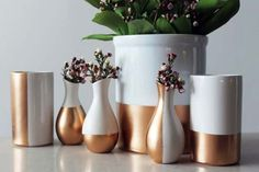 Gold DIY Projects and Crafts - Gold-Dipped Ceramics - Easy Room Decor, Wall Art and Accesories in Gold - Spray Paint, Painted Ideas, Creative and Cheap Home Decor - Projects and Crafts for Teens, Apartments, Adults and Teenagers http://diyprojectsforteens.com/diy-projects-gold