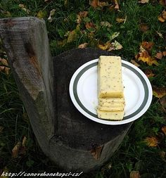 sýr bez syřidla Feta, Healthy Snacks, Goodies, Dairy, Pudding, Lunch, Bread, Cheese, Ethnic Recipes