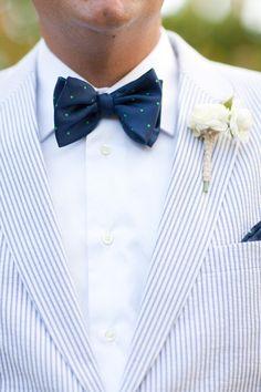 20 wedding style tips for your handsome groom to try. Seersucker suit - yes! Groom And Groomsmen Style, Groom Ties, Groom Attire, Groom Style, Bride Groom, Wedding Men, Wedding Suits, Wedding Attire, Trendy Wedding