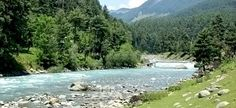 Pahalgam, which once used to be a village of shepherds, is also known by the name 'Valley of Shepherds' owing to the same fact.