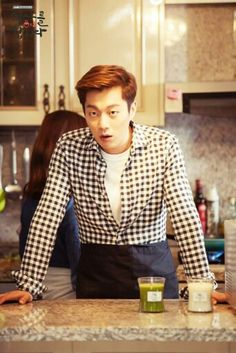 Dujun oppa on Let's eat season 2