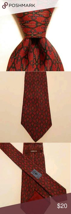 "GUCCI Silk Necktie Italy Geometric Ropes Burgundy GUCCI Mens 100% Silk Necktie ITALY Luxury Geometric ROPES Burgundy/Green EUC  Brand: Gucci Style: Neck Tie Color: Burgundy/Green/Blue/Yellow Material: 100% Silk Attachment: Tied Length: Classic 59 3/8? Width: Skinny 3 3/8"" Pattern: Geometric Ropes Country/Region of Manufacturer: Italy Condition: Excellent Used Condition (The lining doesn't come all the way to the end of the wide point.) Gucci Accessories Ties"