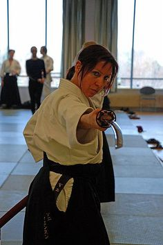 #Aikido girl and katana: Don't come closer