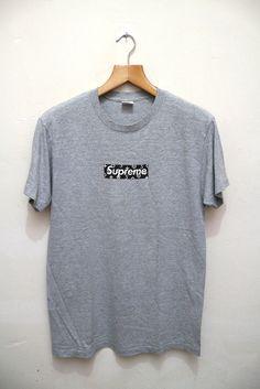 420ef992 Vintage SUPREME LV Louis Vuiiton Box Logo Paisley Og Nyc New York Swag Gray  T shirt Hip Hop Rap Size M