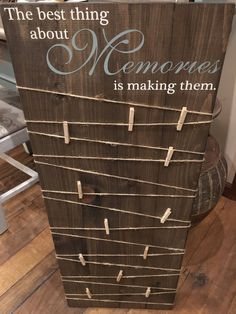 Making Memories Wooden Sign / Picture Board with clips / Pho.- Making Memories Wooden Sign / Picture Board with clips / Photo Board with clips / Wood Picture Frame /Wood Photo Sign /Picture Display Board - Merry Mail, Photo Boards, Wood Picture Frames, Pallet Picture Display, Photo Display Board, Picture Frames With Quotes, Photo Display Wedding, Handmade Picture Frames, Display Boards