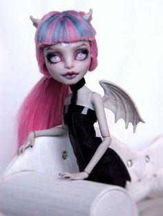 Mattel Monster High Doll Rochelle Goyle Custom Repaint OOAK | eBay