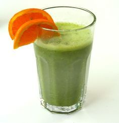 Smoothies are a good addition to anyone's diet, and many people have fallen in love with their delicious taste and added health benefits. From sweet treats to green smoothies, there are a variety o… Detox Smoothies, Healthy Green Smoothies, Breakfast Smoothies, Smoothie Drinks, Fruit Smoothies, Smoothie Recipes, Yummy Drinks, Healthy Drinks, Healthy Eating