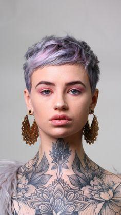 Edgy Short Hair, Super Short Hair, Girl Short Hair, Short Hair Cuts, Short Hair Styles, Colored Short Hair, Coloured Pixie Cut, Purple Pixie Cut, Pastel Pixie Hair