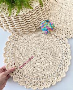 Crochet Table Runner, Crochet Doilies, Coasters, Blanket, Knitting, Crochet Carpet, Knit Socks, Cup Holders, Decorated Flip Flops