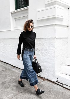 denim wide leg jeans street style Citizens of Humanity Melanie Givenchy Antigona medium street style inspo Stella McCartney loafers minimal Ellery flare sleeve top modern legacy fashion blogger (12 of 15)