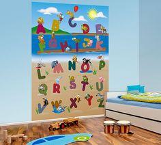 Decoración Fotomural Wizard Genius Animal Alphabet 383, fotomural infantil de las letras del abecedario acompañadas cada una de ellas por un dibujo de animal, insecto...