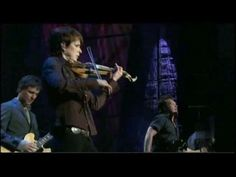 ▶ John Mellencamp - Rain On The Scarecrow - LIVE @ Farm Aid 2008 - YouTube