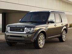 Land Rover Discovery 4 HSE Luxury Edition (2012).
