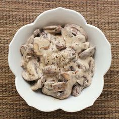 Cookistry: Stayed-Married Dad's Mushrooms  1 tbsp butter 1 pound mushrooms, sliced Pinch of salt Several generous grinds of black pepper 1/4 cup sour cream  Melt the butter in a pan. Add the mushrooms and salt. Cook, stirring as needed, until the liquid has mostly evaporated.  Add pepper and sour cream. Stir and simmer until the mixture thickens. If you want the mushrooms a little saucier, you can add more sour cream. Serve warm, Garnish with a little extra sour cream, if desired.