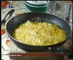 """Pontian Cooking """"HAVITZ"""" Karadeniz Treat Special food from the Balck Sea region (Northern Turkey) also known as Pontos. Mediterranean Recipes, Greek Recipes, Different Recipes, Forget, Middle, Treats, Cooking, Board, Youtube"""
