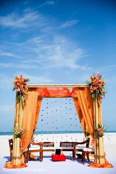 The Destination Indian wedding takes place! Indian Beach Wedding, Outdoor Indian Wedding, Indian Wedding Cakes, Indian Fusion Wedding, Indian Wedding Ceremony, Indian Wedding Photos, Traditional Indian Wedding, South Asian Wedding, Indian Wedding Photography