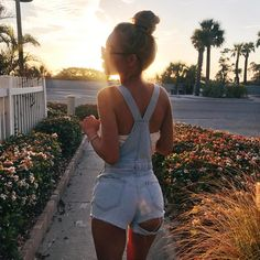 Image about style in Aspen Mansfield by lit icons Cool Outfits, Summer Outfits, Casual Outfits, Fashion Outfits, Womens Fashion, 90s Fashion, Spring Outfits For Teen Girls, Dress Summer, Fashion Art