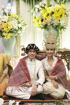 Pernikahan Adat Mandailing ala Zivanna dan Arga - AKAD_3484