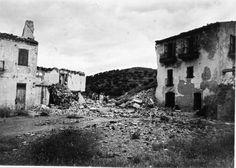 Runes de vivendes situades a Sant Miquel de Colera ( Girona). 1942. Autor desconegut. 27553F MMB Author