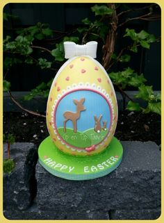 Easter Egg Cake - Cake by Op en Top Taart Religious Cakes, Easter Religious, Easter Egg Cake, Happy Easter, Snow Globes, Bakery, Projects To Try, Treats, Christmas Ornaments