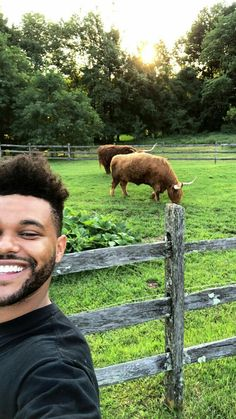 Abel at Yolanda's farm♡♥ The Weeknd Quotes, Abel The Weeknd, Abel And Bella, Abel Makkonen, Beauty Behind The Madness, Baby Daddy, Best Artist, Love Of My Life, Music Artists